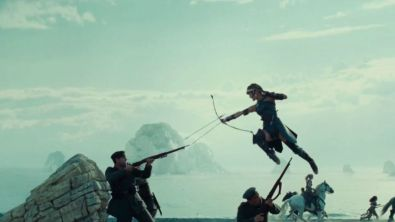 Robin Wright firing the arrows